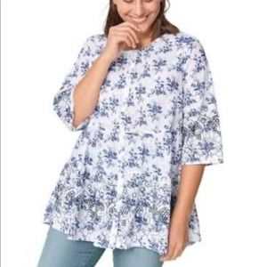 3/4 Sleeve Tiered Floral Tunic